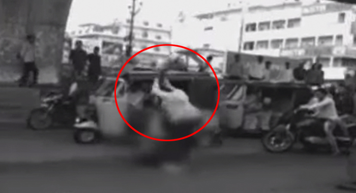 Another worst thing in Hyderabad.. is the man's murder on the roadside