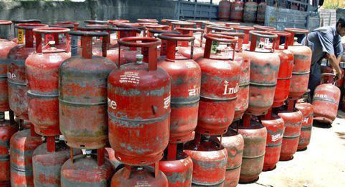 Serving on cooking gas ... Rs. 59 was raised