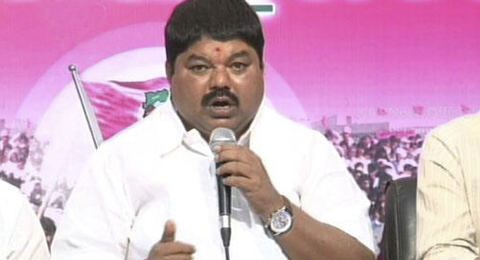 TRS MLC Ramulu Naik Suspend From Trs Party.. Says Palla Rajeshwar Reddy