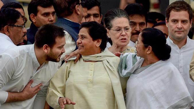 BSP Chief Mayawati strategy irking congress as she goes separately for upcoming assembly and parliament elections eyeing on Kingmaker to get Prime minister post