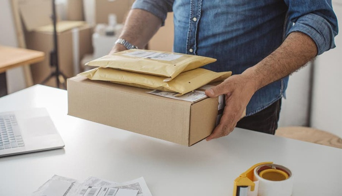 Coronavirus: Brits urged to leave delivery parcels for 72 hours before opening