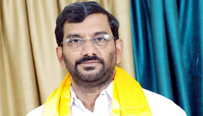 Tdp leader somireddy comments on ysrcp government