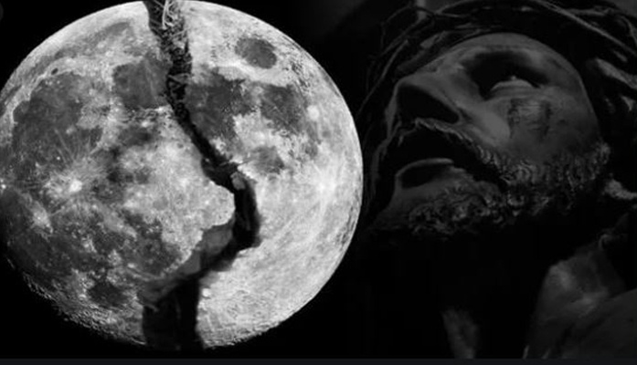 Discovery of a Strange Crack Expanding on Moon's Surface Has Baffled Scientists